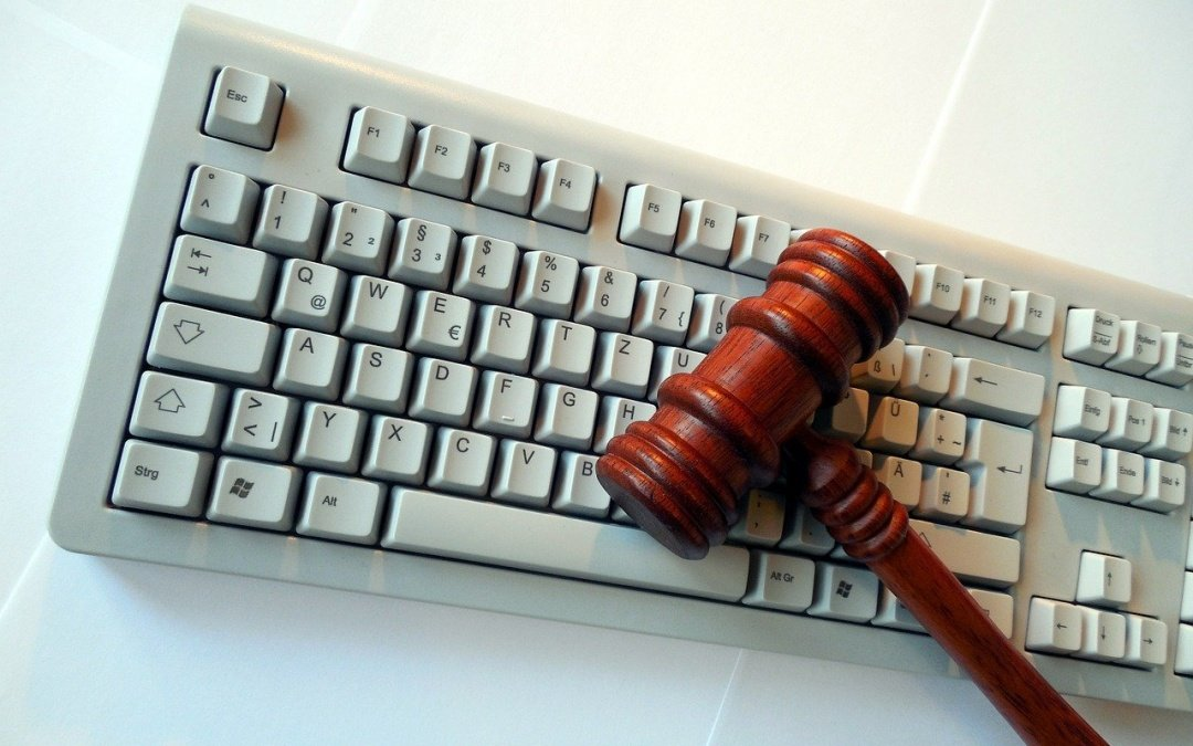 Legal Regulations for Doing Business Online